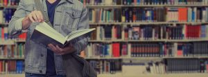 Buch lesen, Regalreihe