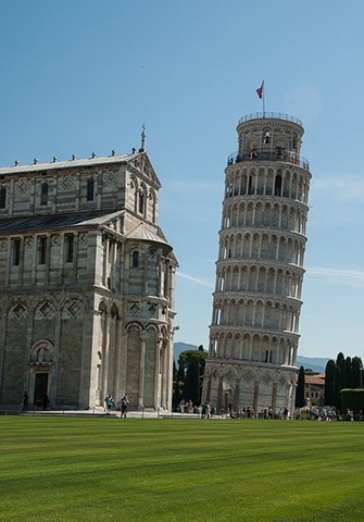 Schiefer Turm von Pisa in Italien, Italienisch