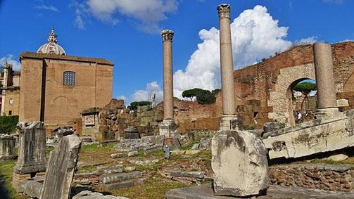Ruinen in Rom, Latein